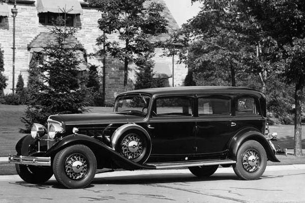 1932 Reo Royale Sedan | Mac's Motor City Garage