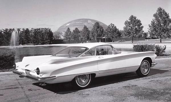 1957-buick-xp-75-pininfarina-rear