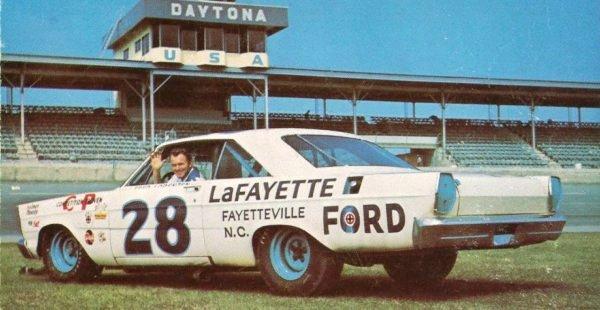 1965-Ford-Fred-Lorenzen.jpg