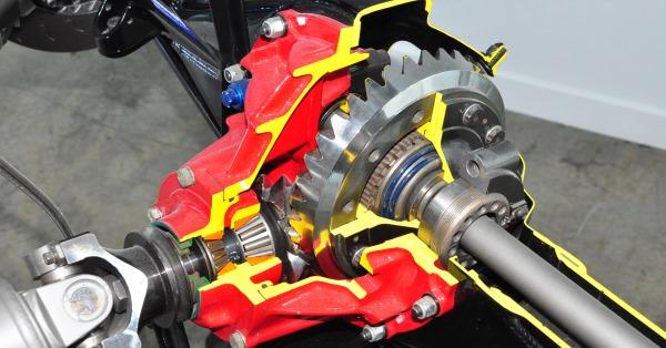Ford-9-in-NASCAR-cutaway-314.jpg